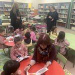 Ana Taboada visita la nueva biblioteca pública de Olloniego