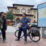 Somos propone una bici-escuela para formar en seguridad vial a todos los niños del concejo y crear una red para que puedan pedalear hasta el colegio